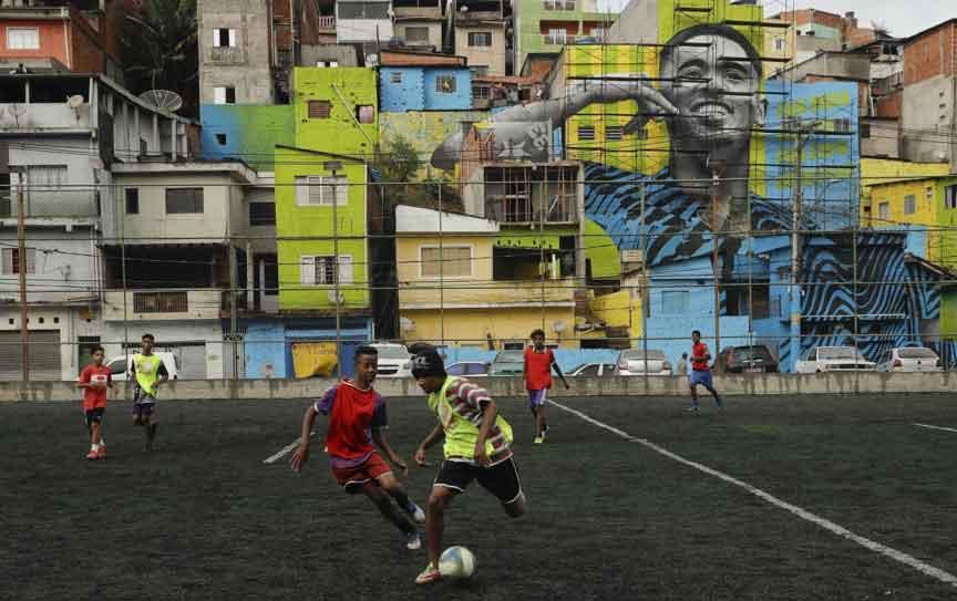 ποδοσφαιρο και κοινωνια