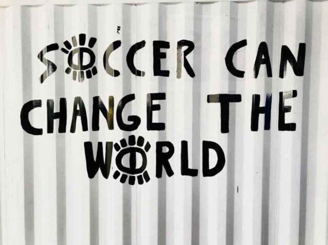 ποδοσφαιρο κοινωνια